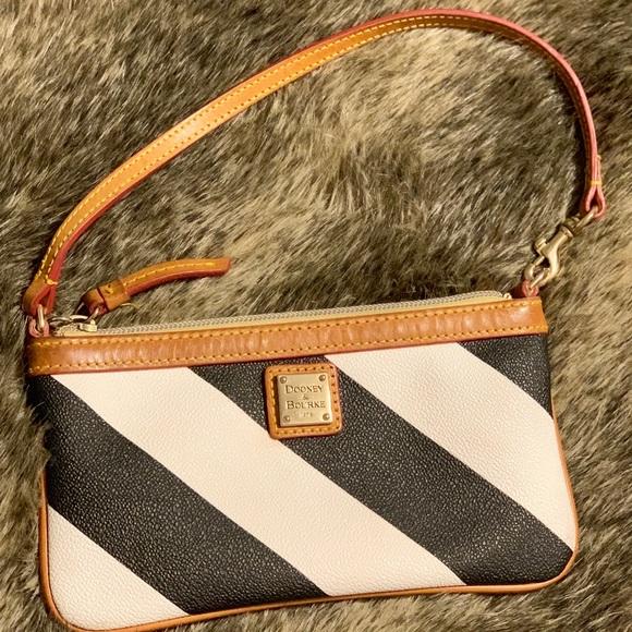 Dooney & Bourke Handbags - Dooney & Burke Slim Wristlet/Clutch
